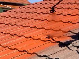 Traitement hydrofuge coloré pour toiture dans le Rhône-Alpes